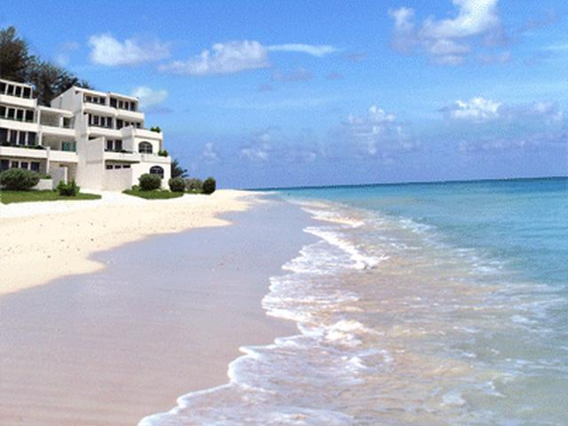 /listing-condo-in-bahama-terrace-31130.html from Coldwell Banker Bahamas Real Estate