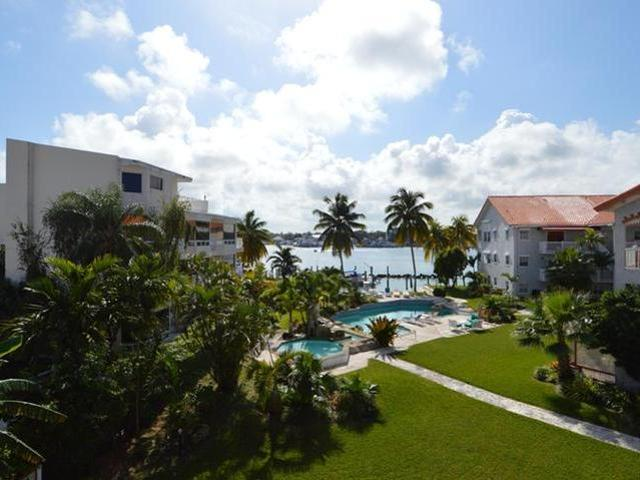 /listing-condo-in-paradise-island-28559.html from Coldwell Banker Bahamas Real Estate