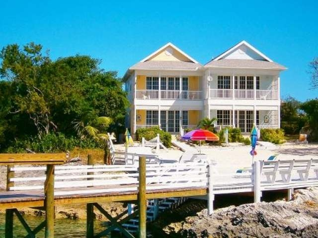 /listing-single-family-home-in-green-turtle-cay-26290.html from Coldwell Banker Bahamas Real Estate
