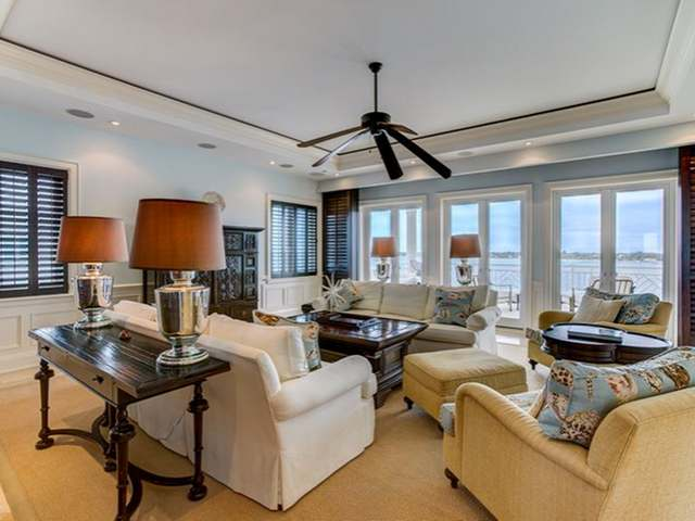 /listing-condo-in-paradise-island-17580.html from Coldwell Banker Bahamas Real Estate
