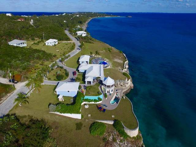 /listing-single-family-home-in-rainbow-bay-24011.html from Coldwell Banker Bahamas Real Estate