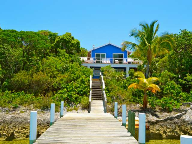 /listing-single-family-home-in-elbow-cay-28364.html from Coldwell Banker Bahamas Real Estate