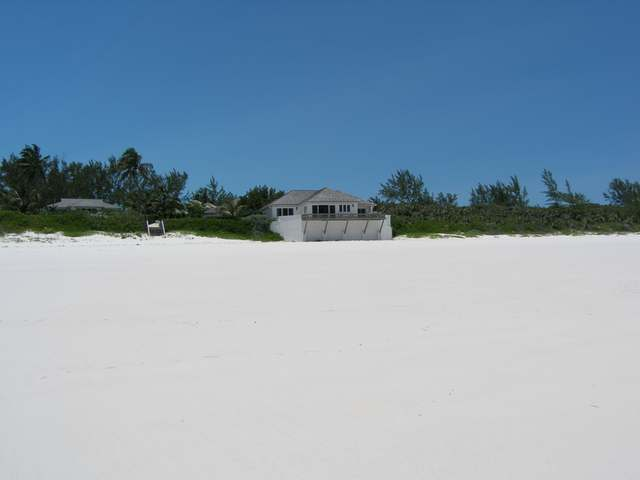 /listing-single-family-home-in-windermere-island-26027.html from Coldwell Banker Bahamas Real Estate