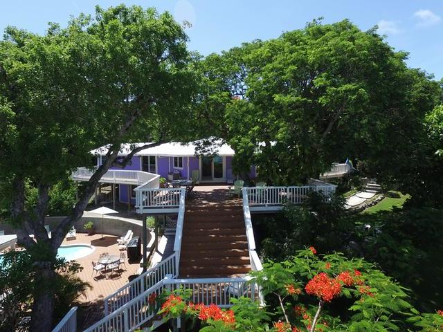 /listing-single-family-home-in-elbow-cay-26279.html from Coldwell Banker Bahamas Real Estate