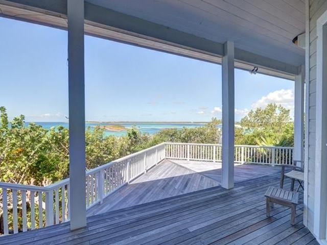 /listing-single-family-home-in-winding-bay-26380.html from Coldwell Banker Bahamas Real Estate