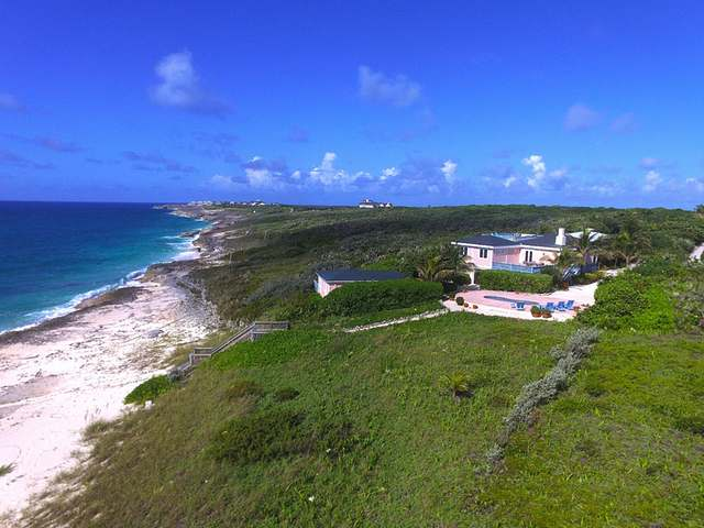 /listing-single-family-home-in-winding-bay-18863.html from Coldwell Banker Bahamas Real Estate