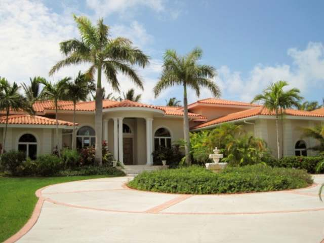 /listing-single-family-home-in-fortune-cay-19644.html from Coldwell Banker Bahamas Real Estate