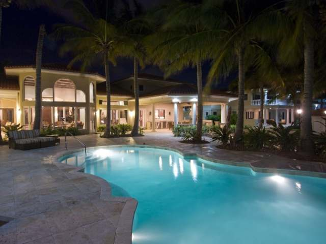 /listing-single-family-home-in-fortune-cay-19371.html from Coldwell Banker Bahamas Real Estate