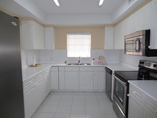 what is the best finish for kitchen cabinets bahamas real estate on nassau for id 17963 28292