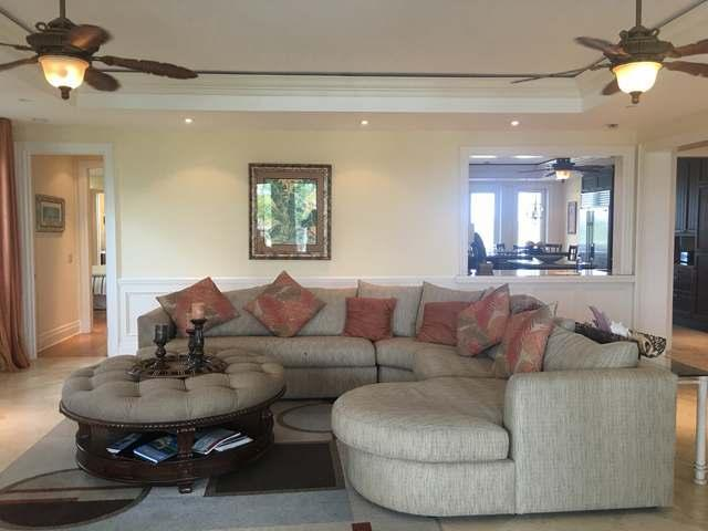 /listing-condo-in-paradise-island-19883.html from Coldwell Banker Bahamas Real Estate