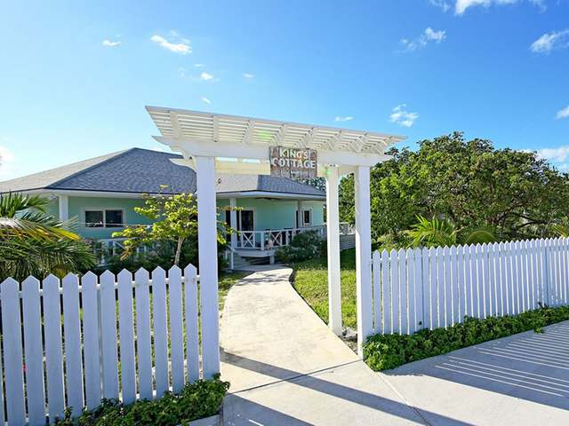 /listing-single-family-home-in-governors-harbour-26088.html from Coldwell Banker Bahamas Real Estate