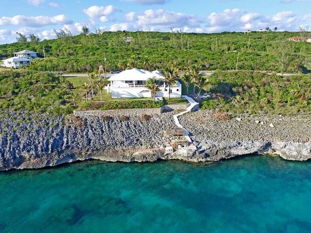 /listing-single-family-home-in-rainbow-bay-27621.html from Coldwell Banker Bahamas Real Estate