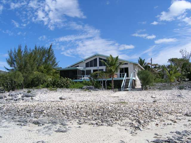 /listing-single-family-home-in-palmetto-point-27760.html from Coldwell Banker Bahamas Real Estate
