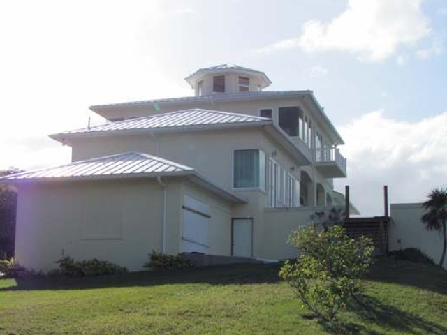 /listing-single-family-home-in-green-turtle-cay-26254.html from Coldwell Banker Bahamas Real Estate