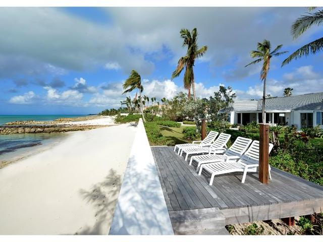 /listing-single-family-home-in-lyford-cay-25272.html from Coldwell Banker Bahamas Real Estate