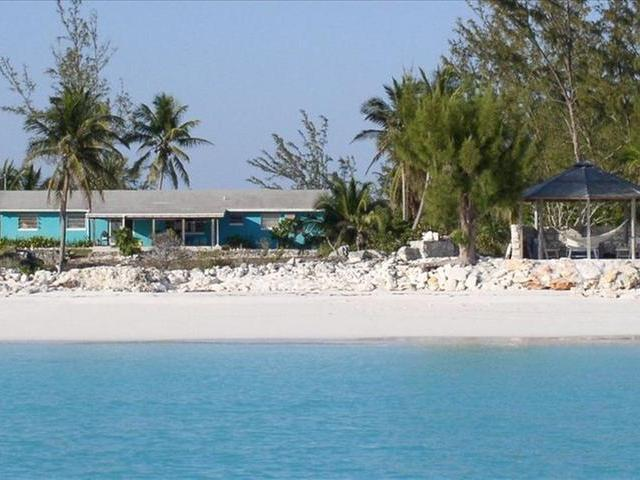 /listing-single-family-home-in-galloway-landing-25864.html from Coldwell Banker Bahamas Real Estate