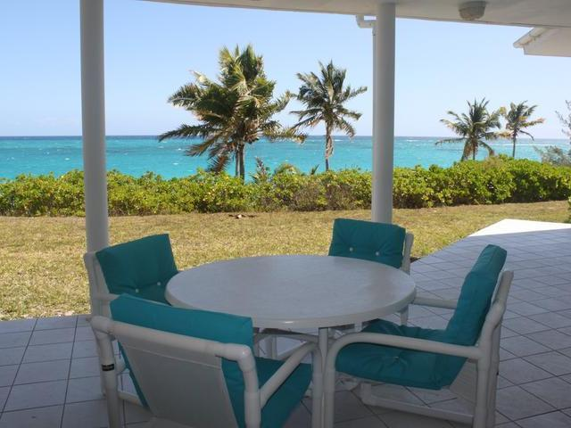 /listing-single-family-home-in-palmetto-point-21081.html from Coldwell Banker Bahamas Real Estate