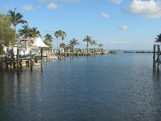 /listing-single-family-home-in-marsh-harbour-31031.html from Coldwell Banker Bahamas Real Estate