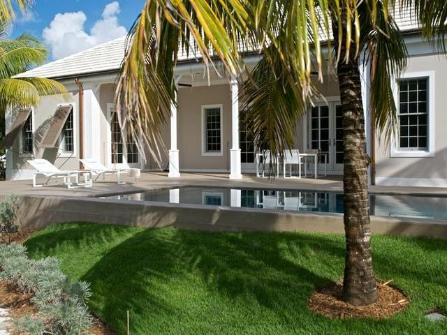/listing-single-family-home-in-old-fort-bay-21516.html from Coldwell Banker Bahamas Real Estate