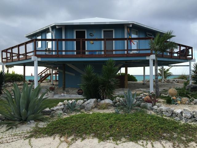 /listing-single-family-home-in-columbus-landings-22081.html from Coldwell Banker Bahamas Real Estate