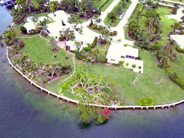 /listing-single-family-home-in-lyford-cay-23692.html from Coldwell Banker Bahamas Real Estate