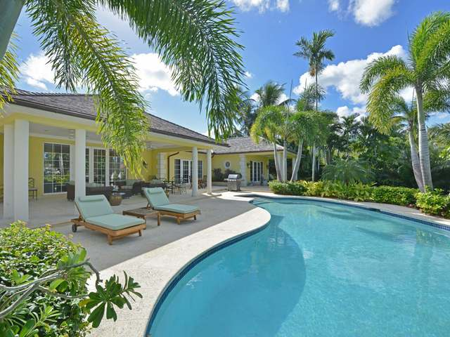 /listing-single-family-home-in-lyford-cay-22914.html from Coldwell Banker Bahamas Real Estate