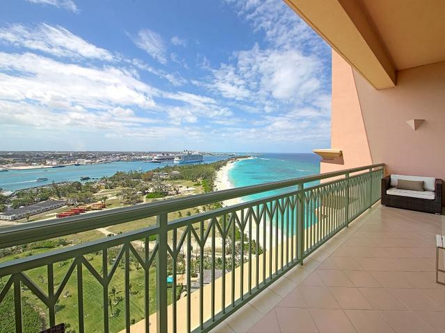 /listing-single-family-home-in-paradise-island-23055.html from Coldwell Banker Bahamas Real Estate