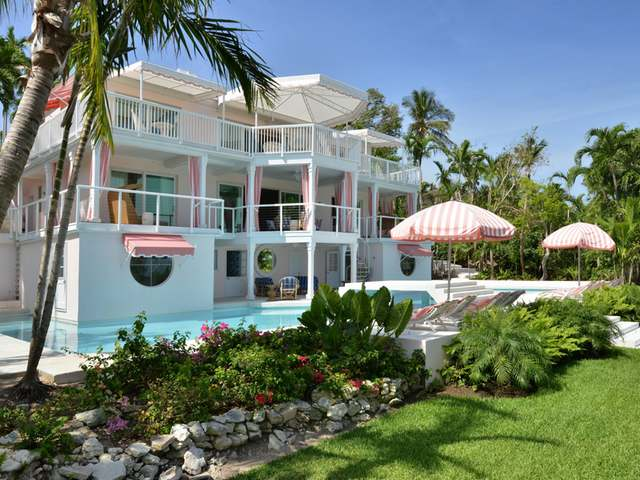 /listing-single-family-home-in-lyford-cay-26041.html from Coldwell Banker Bahamas Real Estate