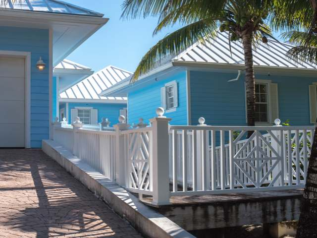 /listing-single-family-home-in-green-turtle-cay-26263.html from Coldwell Banker Bahamas Real Estate