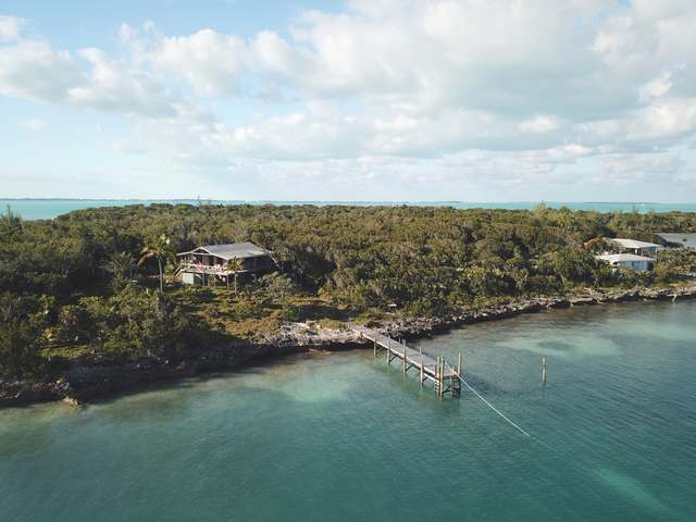 /listing-single-family-home-in-lubbers-quarters-23454.html from Coldwell Banker Bahamas Real Estate