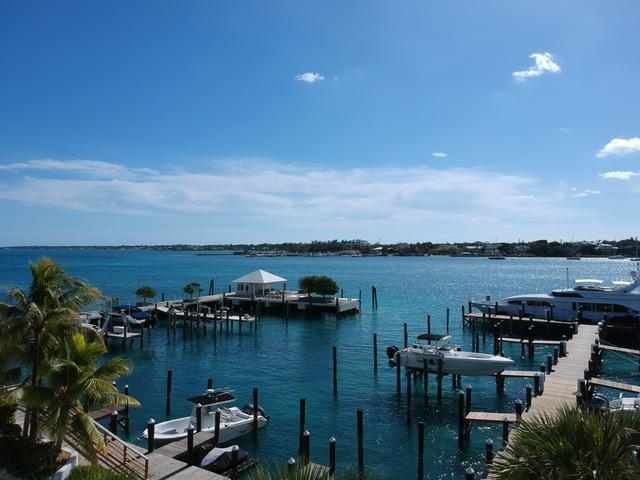 /listing-condo-in-paradise-island-23523.html from Coldwell Banker Bahamas Real Estate