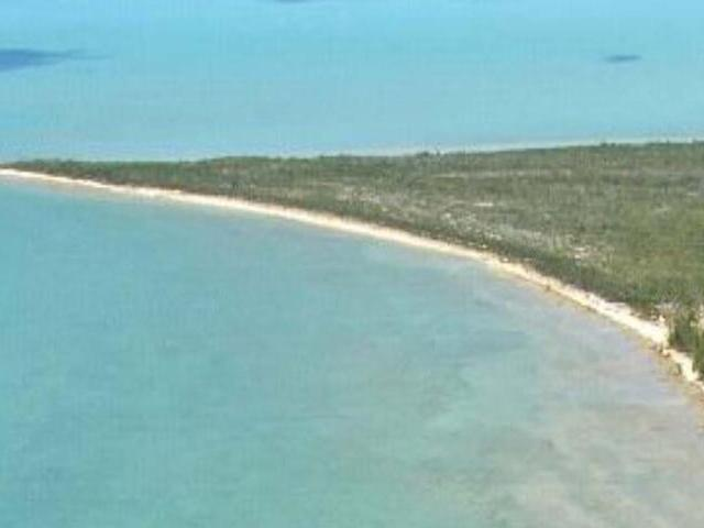 /listing-lots-acreage-in-simms-23756.html from Coldwell Banker Bahamas Real Estate
