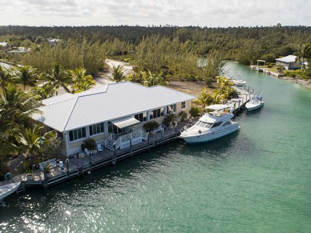 /listing-single-family-home-in-treasure-cay-23991.html from Coldwell Banker Bahamas Real Estate