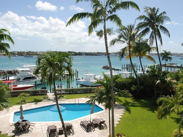 /listing-condo-in-paradise-island-24046.html from Coldwell Banker Bahamas Real Estate