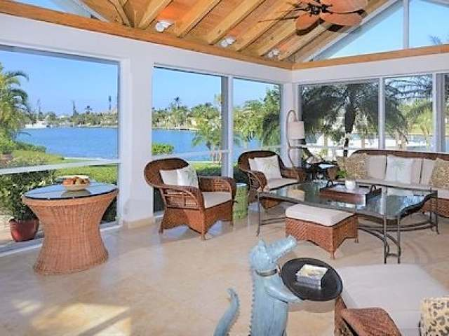 /listing-single-family-home-in-lyford-cay-26994.html from Coldwell Banker Bahamas Real Estate