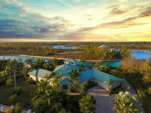 /listing-single-family-home-in-colony-bay-24022.html from Coldwell Banker Bahamas Real Estate