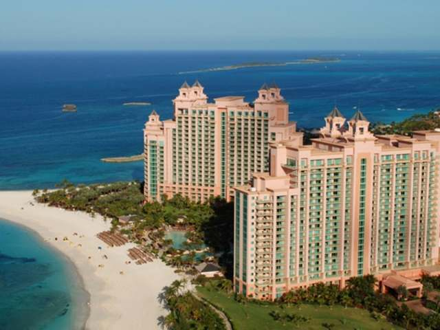 /listing-condo-in-paradise-island-25004.html from Coldwell Banker Bahamas Real Estate
