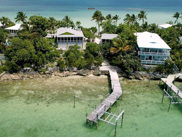 /listing-single-family-home-in-marsh-harbour-25497.html from Coldwell Banker Bahamas Real Estate