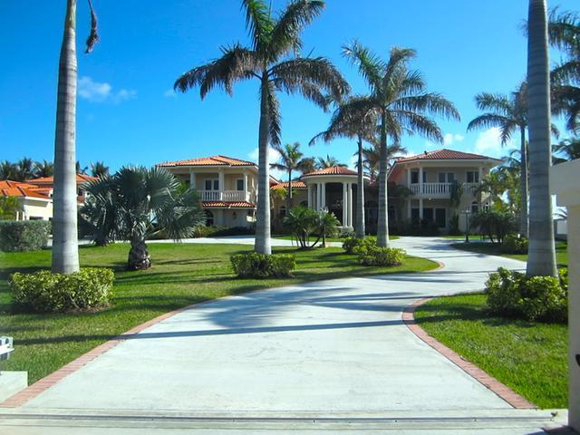 /listing-single-family-home-in-fortune-cay-25856.html from Coldwell Banker Bahamas Real Estate