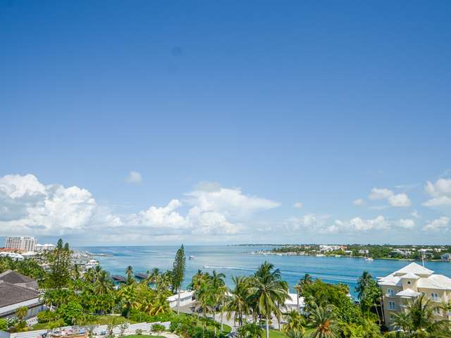 /listing-condo-in-paradise-island-25985.html from Coldwell Banker Bahamas Real Estate
