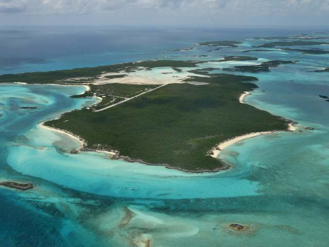 /listing-private-island-in-exuma-cays-26097.html from Coldwell Banker Bahamas Real Estate