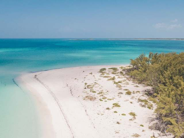 /listing-lots-acreage-in-great-harbour-cay-26277.html from Coldwell Banker Bahamas Real Estate