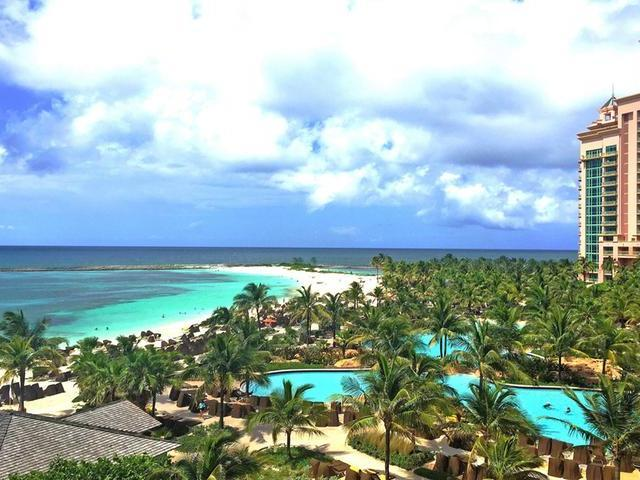 /listing-condo-in-paradise-island-26340.html from Coldwell Banker Bahamas Real Estate