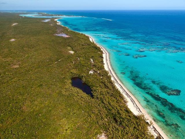 /listing-lots-acreage-in-savannah-sound-26361.html from Coldwell Banker Bahamas Real Estate