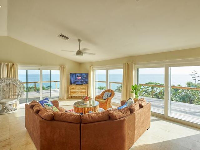 /listing-single-family-home-in-palmetto-point-26428.html from Coldwell Banker Bahamas Real Estate