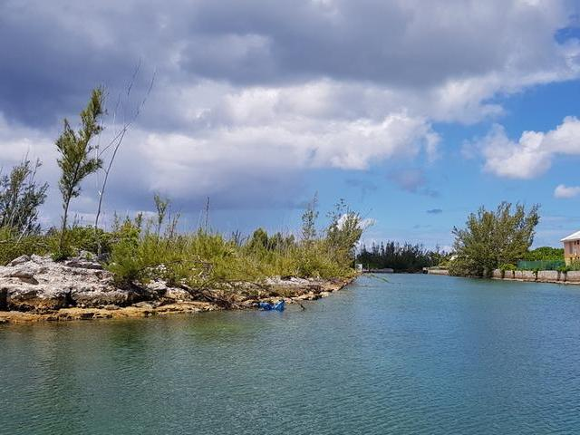 /listing-lots-acreage-in-bahama-terrace-yacht-country-club-30100.html from Coldwell Banker Bahamas Real Estate