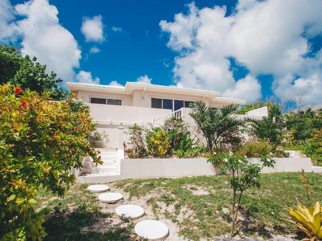 /listing-single-family-home-in-palmetto-point-26539.html from Coldwell Banker Bahamas Real Estate