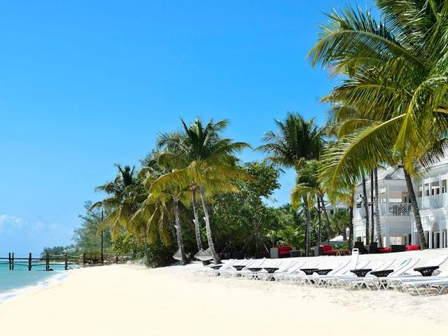 /listing-lots-acreage-in-south-ocean-26650.html from Coldwell Banker Bahamas Real Estate