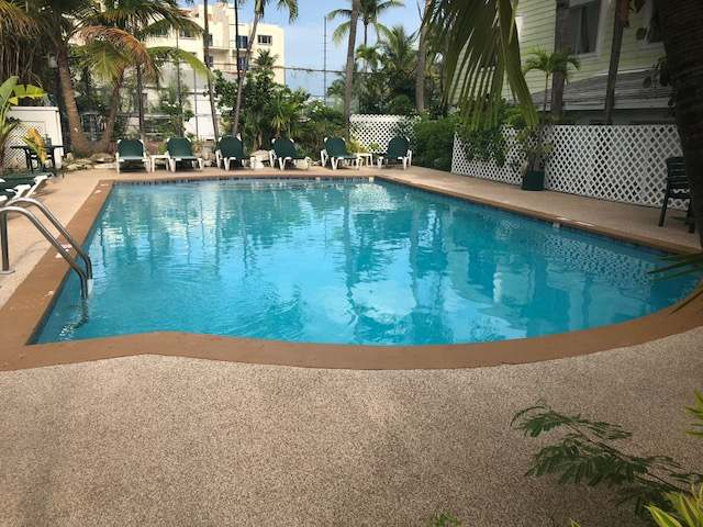/listing-condo-in-paradise-island-26695.html from Coldwell Banker Bahamas Real Estate