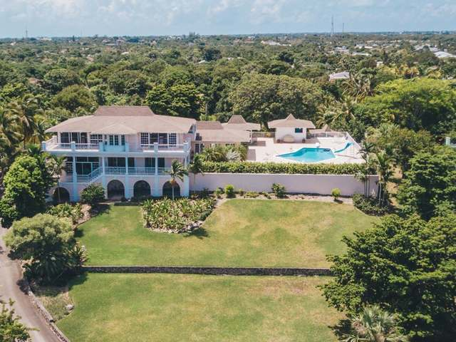 /listing-single-family-home-in-eastern-road-27037.html from Coldwell Banker Bahamas Real Estate